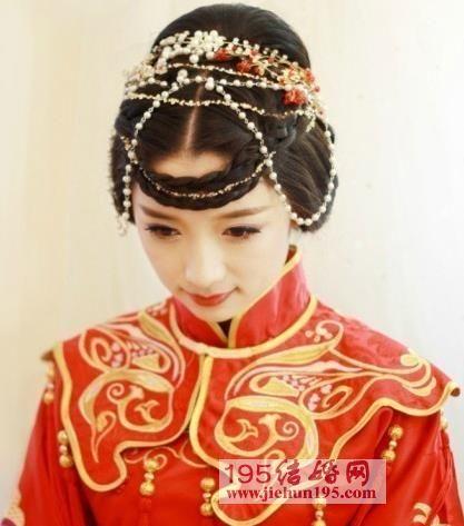 超美丽的中式婚礼新娘造型,中式新娘盘发造型 图